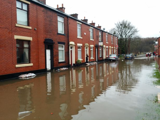 Non-standard cavities - flood risk